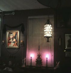 Same, all lit up with Regency lamp