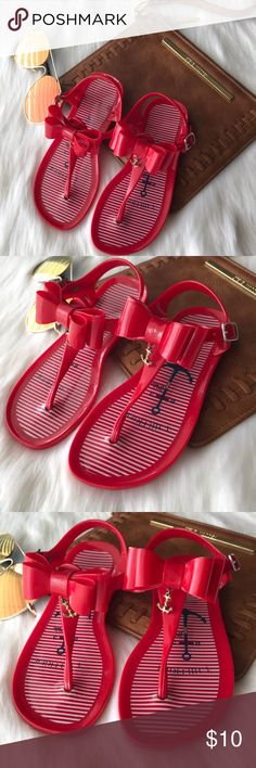 305d264d0e5fb •Tommy Hilfiger Sandals•💝 💝Great condition 💝Worn but in great shape 💝