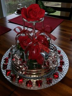 Red white and bling wedding reception ideas – Salvabrani – - Wedding Reception Ideas Diy Centerpieces, Christmas Centerpieces, Christmas Decorations, Holiday Decor, Centerpiece Wedding, Wine Glass Centerpieces, Quinceanera Centerpieces, Quinceanera Party, Cheap Christmas