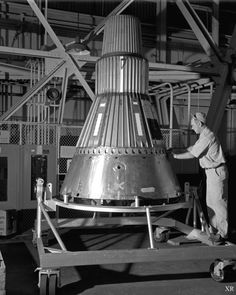 Exploring Space: 1959 … Mercury capsule by x-ray delta one