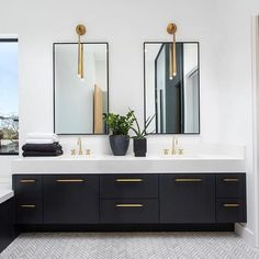 Top 10 Double Bathroom Vanity Design Ideas in 2019 Double Bathroom Vanity Designs Ideas - If area licenses, 2 sink locations provide fantastic convenience in common shower rooms. Locate ideas for bathroom vanities with double the room, . Bathroom Vanity Designs, Bathroom Layout, Modern Bathroom Design, Bathroom Interior Design, Bathroom Faucets, Bathroom Ideas, Bathroom Organization, Bathroom Cabinets, Tile Layout