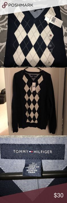NWT. Tommy Hilfiger Sweater NWT. Navy blue Tommy Hilfiger Sweaters V-Neck