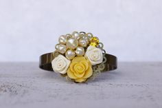 Vintage Bridesmaids Corsage Bracelet Sunny by FrenchAtticDesign