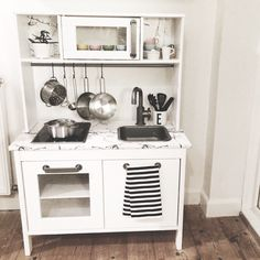 For most lovely things ikea play kitchen rangement chambre enfant deco cham Ikea Toy Kitchen Hack, Kitchen Hacks, Kitchen Ideas, Ikea Alex, Warm Home Decor, Hippie Home Decor, Play Kitchens, Cool Kitchens, Ikea Duktig
