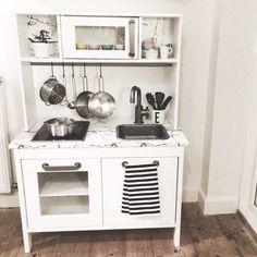 For most lovely things ikea play kitchen rangement chambre enfant deco cham Ikea Kids Kitchen, Mini Kitchen, Kitchen Small, Kitchen Art, Kitchen Furniture, Kitchen Ideas, Furniture Design, Ikea Alex, Warm Home Decor