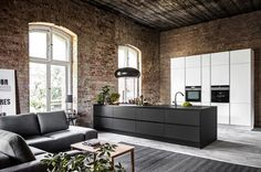 Modern kitchen in the old interior Industrial Loft, Interior Inspiration, Sweet Home, New Homes, Interior Design, Modern Interior, Black And White, Living Room, Studio