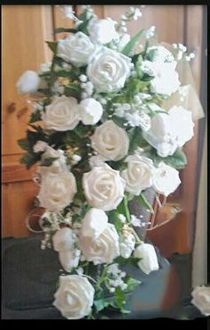 gorgeous  bride bouquet