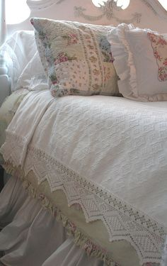 Old lace bedspread by Romantic Home, via Flickr
