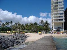 1402++Waikiki+Shore+Beachfront++CondoVacation Rental in Waikiki from @HomeAway! #vacation #rental #travel #homeaway