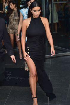 kim k sleek in all black