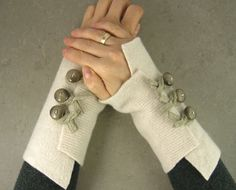 recycled wool arm warmers fingerless gloves fingerless mittens wrists warmers arm cuffs cream winter white eco friendly, $25