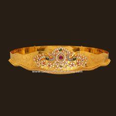 Exquisite classy designer gold vaddanam in 280 gms of 22 carat gold with polki diamond studded peacock design center piece. Vanki Designs Jewellery, Vaddanam Designs, Antique Jewellery Designs, Indian Jewellery Design, Jewelry Design Earrings, Necklace Designs, Gold Jewelry, Diamond Jewelry, Waist Jewelry