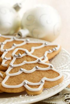 Classic Royal Icing & Cookie Decorating Tips | icing recipe