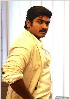 Actors Images, Hd Images, Hd Photos, Cover Photos, Vikram Vedha, Facebook Profile Photo, Vijay Actor, Top Celebrities, Photo Wallpaper