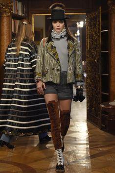 Chanel Pre-Fall 2015 Runway – Vogue