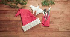 Wedden dat je gasten helemaal onder de indruk zullen zijn? Hier gaan we! Gift Wrapping, Christmas Tree, Om, Holiday Decor, Gifts, Gift Wrapping Paper, Teal Christmas Tree, Presents, Wrapping Gifts