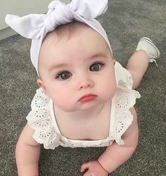 Bom dia com muito fofura So Cute Baby, Cute Baby Clothes, Baby Love, Cute Kids, Baby Baby, Beautiful Children, Beautiful Babies, Cute Baby Girl Pictures, Beautiful Baby Pictures
