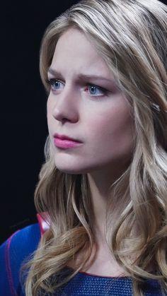 Supergirl Season, Supergirl Tv, Supergirl And Flash, Melissa Benoist Hot, Melissa Marie Benoist, Megan Fox Hair, Melissa Benoit, Melissa Supergirl, Kara Danvers Supergirl