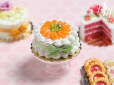 MTO-Cream Cake Decorated with Orange Segments and Chopped Pistachio - Miniature…