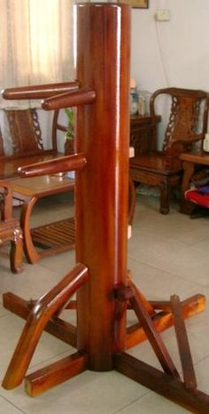 Wing Chun wooden dummy. Martial arts gear Wing Chun Martial Arts, Self Defense Martial Arts, Martial Arts Weapons, Mixed Martial Arts, Wing Chun Dummy, Wing Chun Wooden Dummy, Martial Arts Training Equipment, Martial Arts Workout, Kung Fu
