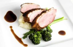 Balsamic Marmalade Seared Duck Breast Recipe - very good. Made for duck & partridge Duck Recipes, Game Recipes, Recipies, Seared Duck Breast Recipe, Good Food, Yummy Food, Sugar And Spice, Food And Drink, Turkey