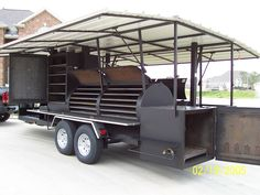 Some of my Favorite BBQ images of all time Bbq Smoker Trailer, Bbq Pit Smoker, Barbecue Smoker, Bbq Pork, Bbq Grill, Pulled Pork, Custom Bbq Smokers, Custom Bbq Pits, Smoke Restaurant