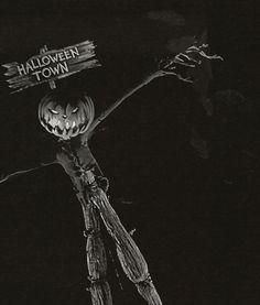 The Nightmare Before Christmas - Halloween Town Estilo Tim Burton, Tim Burton Style, Tim Burton Art, Halloween Town, Funny Halloween Jokes, Vintage Halloween, Halloween Costumes, Vintage Witch, Halloween Stuff