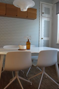 Dining room, Trapez wallpaper from Boråstapeter.