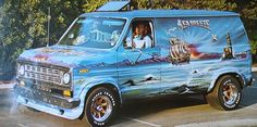 """Seabreeze"" custom van from San Diego"