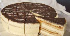 Legidősebb gyermekemnek 25. születésnapjára az egyik kedvenc süteményéből készítettem tortát. Hozzávalók 24 cm-es tortához ...