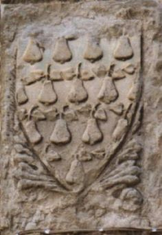 The Peruzzi arms again, but in this 14th c. version it is a semy of pears. Cortona, Palazzo Comunale.