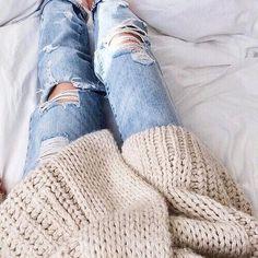 #OversizeCardigan #Jeans