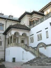 Imagini pentru palatulcotroceni Mansions, House Styles, Modern, Home Decor, Trendy Tree, Decoration Home, Room Decor, Fancy Houses, Mansion