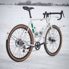 Shred sled. #RideMetal #T6standardRando #650b #roadplus #steelisreal #winter #freedommachine #minnesota #basemiles #bikelove #cycling #bikelife #twinsix