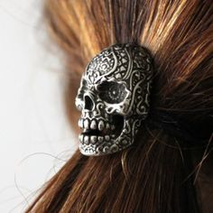 Buy Sugar Skull Ponytail holder in Oxidized Silver Tone White Bronze at Wish - Shopping Made Fun Skull Jewelry, Hair Jewelry, Jewellery, Pirate Jewelry, Octopus Jewelry, Goth Jewelry, Jewelry Tattoo, Skull Necklace, Clay Jewelry