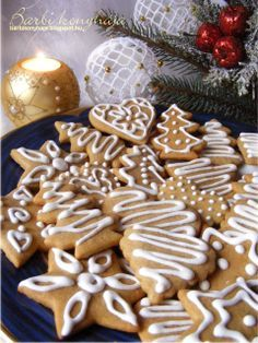Nyomj egy lájkot, ha Te is szereted Hungarian Recipes, Christmas Goodies, Party Snacks, Cakes And More, Cake Cookies, Gingerbread Cookies, Cookie Recipes, Biscotti, Sweet Treats