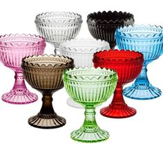 Marimekko for Iittala MariBowl Maribowls have been in production since Still, it was only after the founder of Marimekko, Armi Ratia, used them in her famous garden parties at Bökärs, they've become appreciated gifts and collector's items.