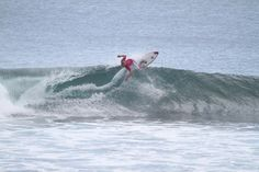 Dillan Lowenthal big turn in Bingin Bali