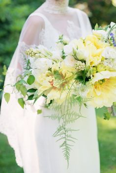 Gorgeous and white garden-style Bridal bouquet. #wedding #flowers