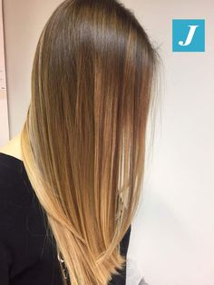 Delicate and honey-colored . the shades Degradé Joelle! Hair Inspo, Hair Inspiration, Ombre Hair, Blonde Hair, Hair Up Styles, Joelle, Dream Hair, Hair Transformation, Hair Highlights