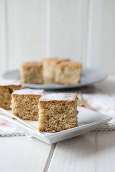 Kuchen mit Zimt und Mandeln