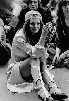 Drug-soaked atmosphere of mindless, Left-wing malevolence: Hippies gather in Hyde Park to demand legalisation of cannabis in another protest in 1968