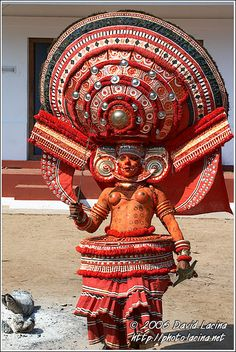 Decorated Theyyam Dancer Photo by David Lacina We Are The World, People Of The World, Ritual Dance, Folk Dance, Folk Costume, Costumes, World Cultures, Incredible India, Traditional Dresses