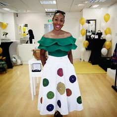 Latest beautiful collection the best plain and patterned ankara collections there are in the African print ankara fashion world African Print Dresses, African Print Fashion, African Fashion Dresses, African Attire, African Wear, African Women, African Dress, Fashion Outfits, Africa Fashion