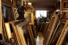 vienna, antiquarian store