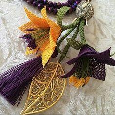 Sipariş ve bilgi için Jill - min side Beaded Flowers, Crochet Flowers, Paper Flowers, Maquillaje Halloween, Paper Flower Tutorial, Bargello, Filet Crochet, Wedding Themes, Grapevine Wreath