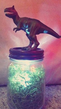 Jurassic World Centerpieces