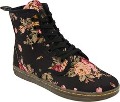 Yes Please!  Womens Dr. Martens Shoreditch Boot (Black Floral)