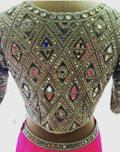Heavy look Bullion Embroidery, Shirt Embroidery, Embroidery Fashion, Embroidery Suits Design, Hand Embroidery Designs, Blouse Patterns, Blouse Designs, Indian Blouse, Indian Wear
