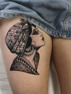 Traditional Tattoos, Their Meanings and Best Placement Ideas – Wild Tattoo Art – Famous Last Words Piercing Tattoo, Neotraditionelles Tattoo, Wild Tattoo, Tattoo Thigh, Ear Piercings, Tattoos Motive, Head Tattoos, Body Art Tattoos, Arabic Tattoos